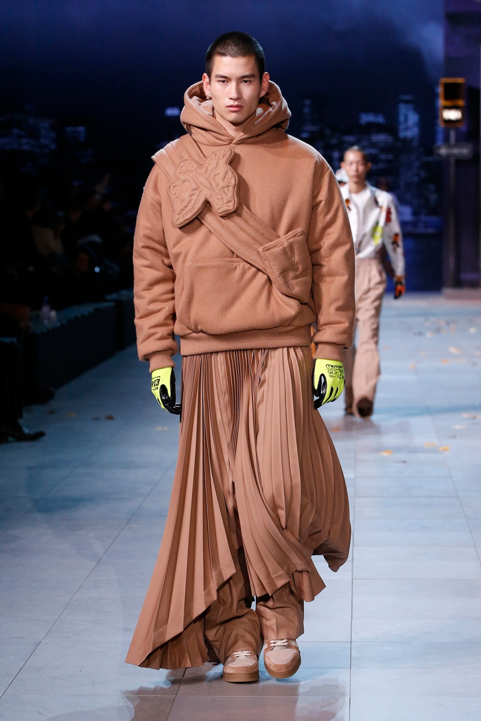 louis-vuitton-fall-winter-2019-paris-fashion-week-01